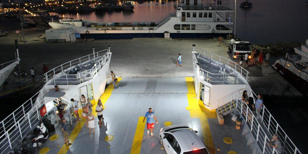 Antiparos - Paros Ferry Boat (Αντίπαρος - Πάρος Φέρυ Μποτ) - Antiparos island - Antiparos.com