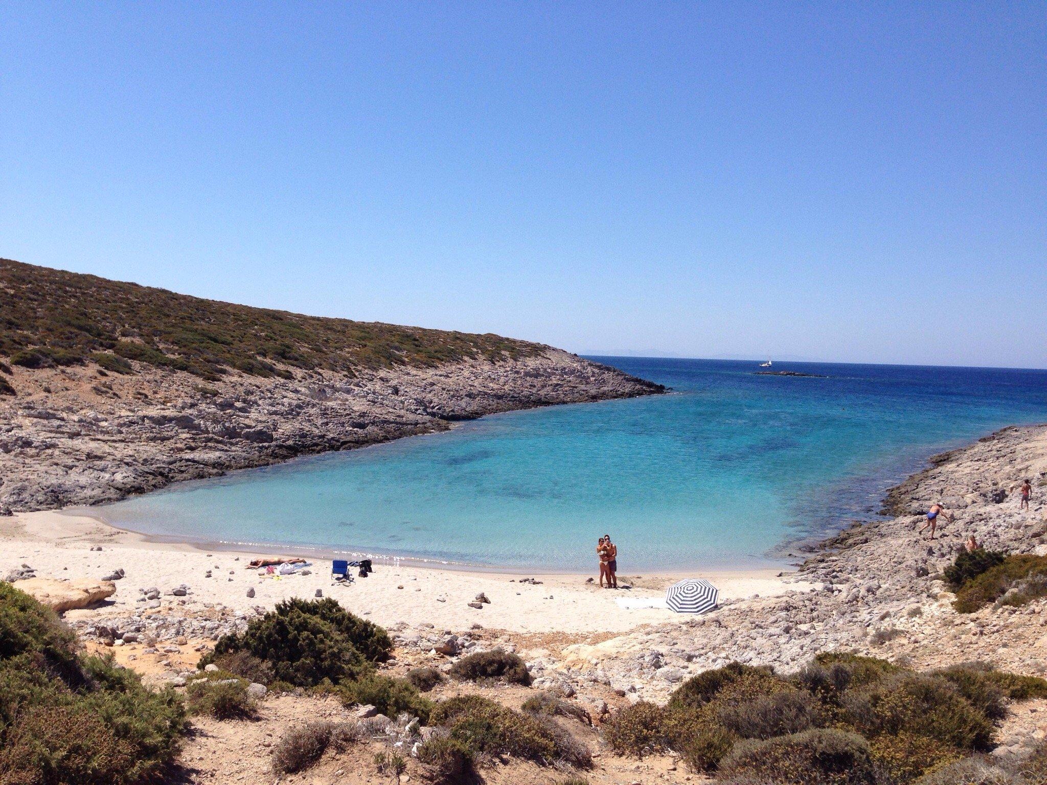Παραλία Φανερωμένη - Antiparos island, Greece - Antiparos.com